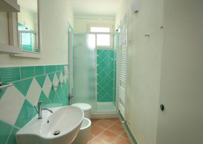 acquamarina-appartamenti-mare-cecina-piscina-02